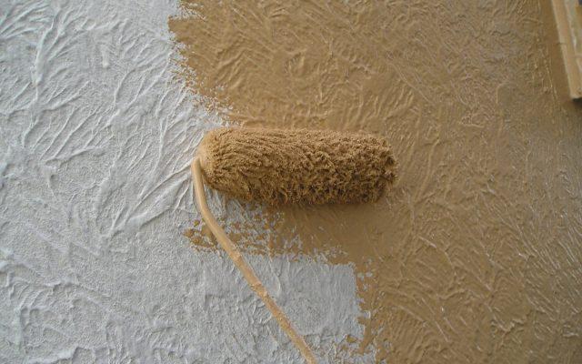 1階下・中塗り