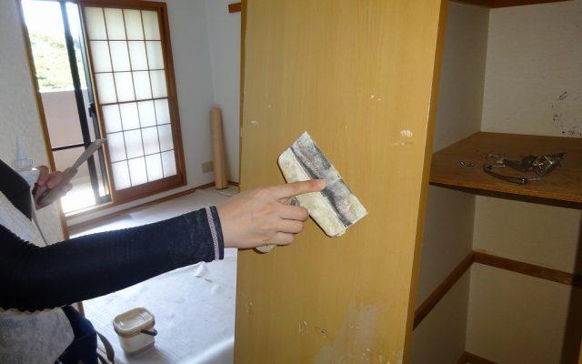 建具ケレン作業