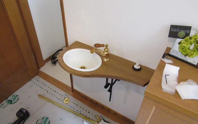 手洗いカウンター取付