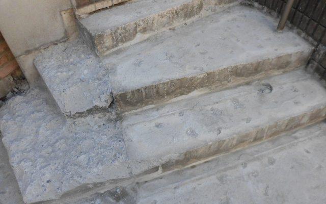 階段解体後