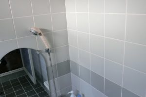 浴室手すり施工前