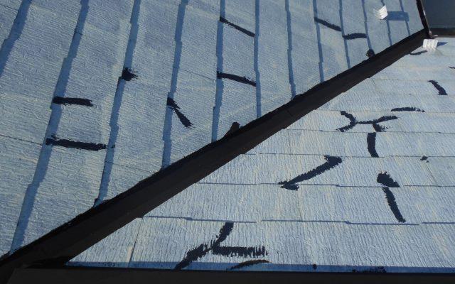 屋根下塗りクラック補修