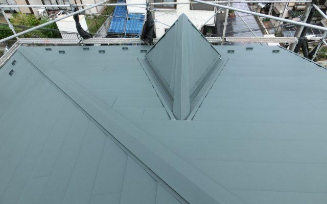 屋根カバー工法後